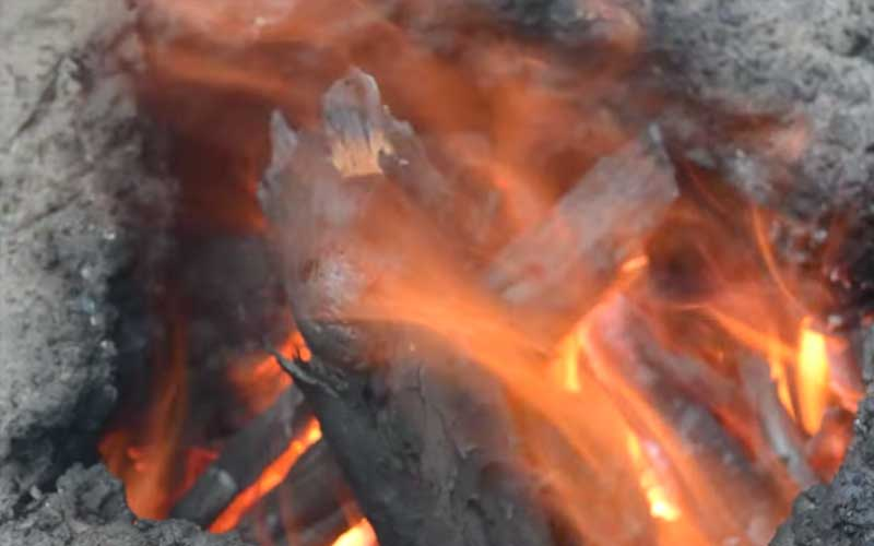 How to make Charcoal + tons of other ways to survive without modern technology